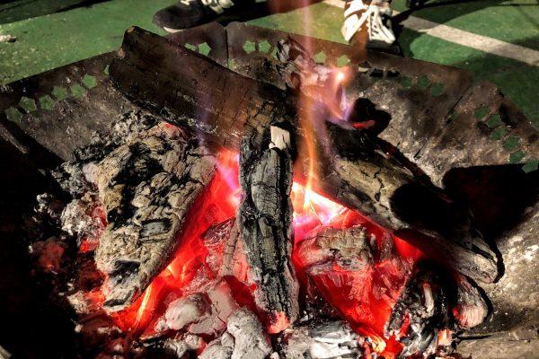 本日の焚き火会は強風の為中止です